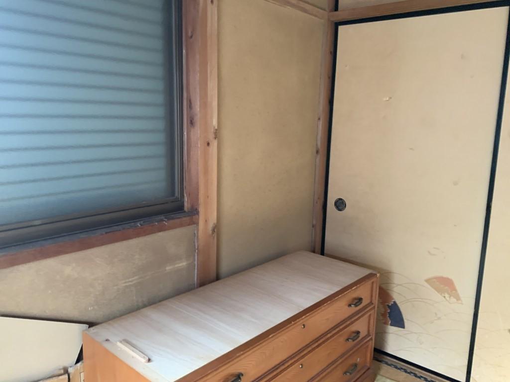 【小山市鹿島町】大型家具の回収のご依頼☆窓からの搬出や重量物も迅速丁寧な対応でお喜び頂けました。